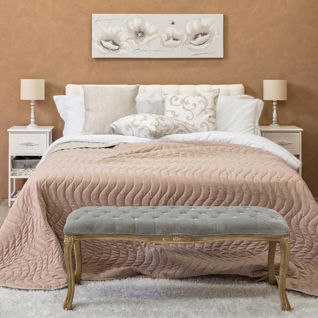 Camera Hotel perfetta: 3 utili consigli per vestire il letto