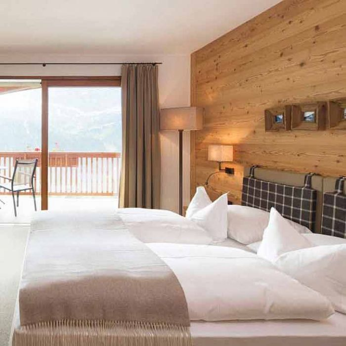 coppia-piumini-hotel-misura-montagna